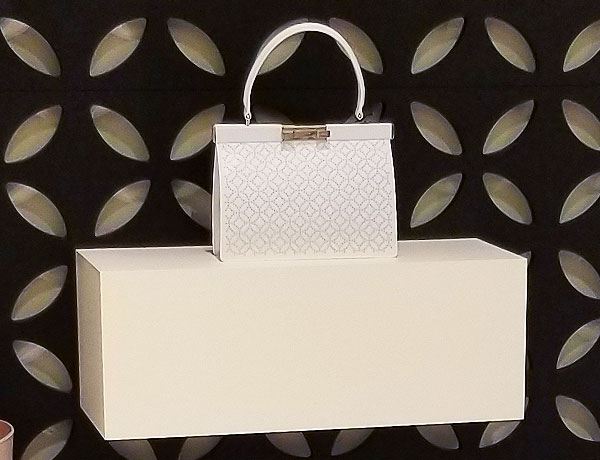 White Alaia handle go to bag
