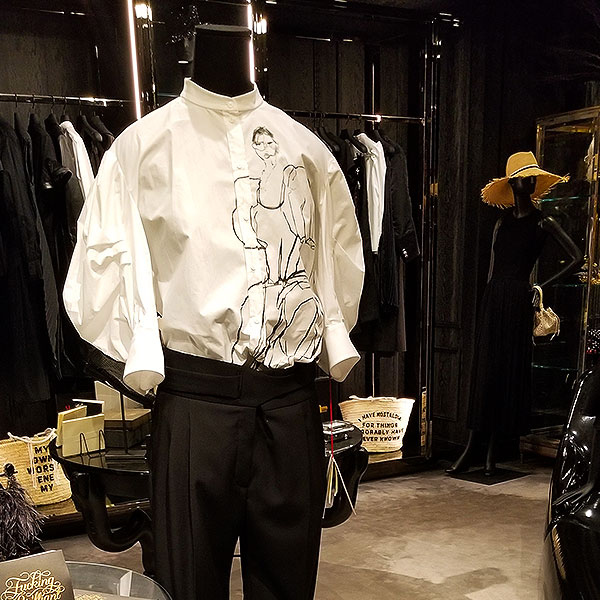 Statement shirt in white with black sketch