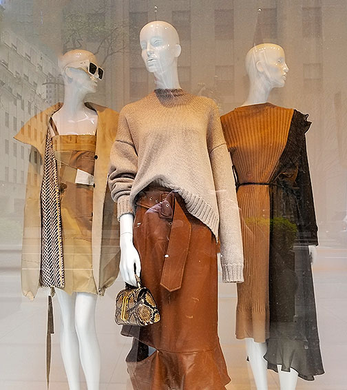 Chic neutral knitwear