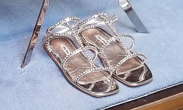 dressy sandlas for summers end