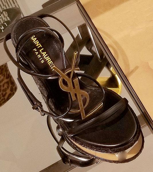 Logo heeled sandals