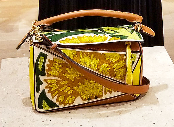 Sunny Spring colors for this bag