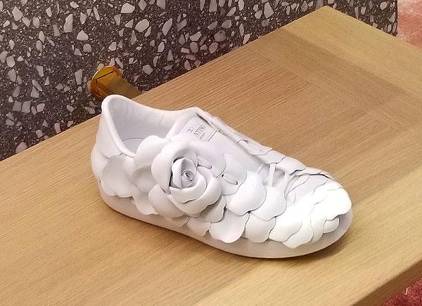 Valentino flowered sneaker